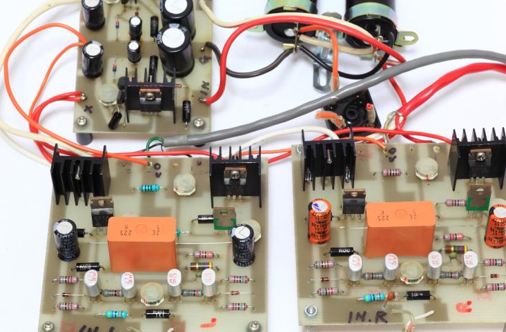 シーケンス図とは電気回路におけるどんな図?また、その読み方は? - 世界標準の電気設計CAD EPLANブログ